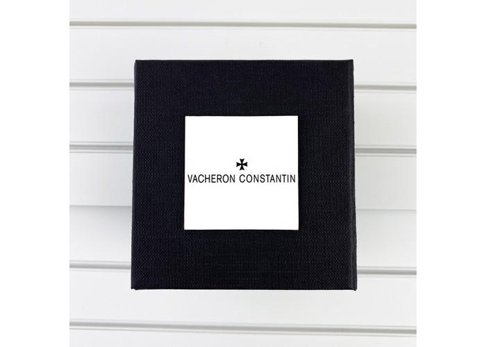 Коробочка с логотипом Vacheron Constantin